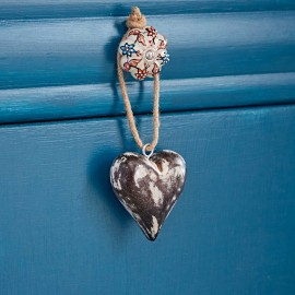 Small Antique White Heart