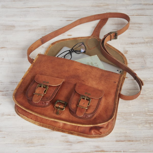 e1b5d92615 Satchel Style Brown Leather Saddle Bag